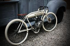 Board track inspired motorize Bicycle by Old School Garage | Rigid frame