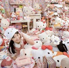 Asako Kanda from Japan has the LARGEST collection of Hello Kitty items in the world - according to Guinness Book of World Records.