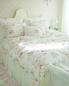 Shabby Chic Cottage Floral Quilt Duvet Cover Pillow Case Set White Ruffles Queen- I want something soft and pretty for my room.