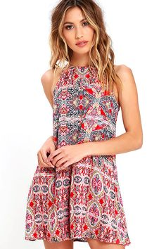 Show off your artistic side with our Design Major Red Print Swing Dress! Lightweight and perfectly soft woven rayon has a red, black, blue, and olive print that covers the sleeveless, swing bodice with rounded neckline and darting. Back keyhole with top button.