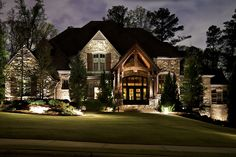 Undertaking an impressive lighting design is challenging when you attempt to do it yourself. Augusta Green Sprinklers can help you with professional landscape lighting in Oakville. Exterior Lighting, Home Lighting, Outdoor Lighting, Lighting Ideas, Yard Lighting, Pathway Lighting, Lighting Solutions, Landscape Lighting Transformer, Landscape Lighting Design