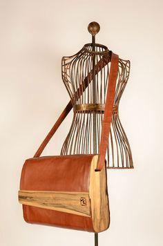 Große Tasche aus Känguruleder Magazine Rack, Storage, Home Decor, Bags, Leather, Purse Storage, Decoration Home, Room Decor, Larger