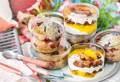 Mohnkuchen mit Heidelbeeren