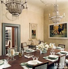 Traditional Dining Room and Natalia Bianchi in Milan, Italy Elegant Dinning Room, Dinning Room Tables, Dining Rooms, Yellow Interior, Architectural Digest, Inspired Homes, Home Decor Inspiration, Interior Design, Interior Ideas