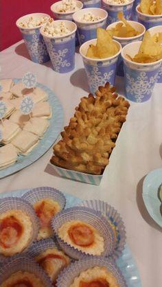 Snowflake cynnamon cookies