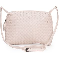 Bottega Veneta Intrecciato Messenger Bag ($1,625) ❤ liked on Polyvore featuring bags, messenger bags, beige, woven bag, zip bags, bottega veneta, zipper bag and messenger bag
