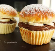 La ligne gourmande : Briochettes Banane chocolat version tropezienne Beignets, Tupperware, Nutella, Donuts, Biscuits, Caramel, Muffins, Picnic, Healthy Recipes
