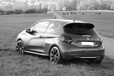 www.208gti.fr #208gti #PeugeotSport #peugeot208 #Gti Peugeot 208 Gti, Belle Photo, Bmw, Vehicles, Cars, Rolling Stock, Vehicle, Tools