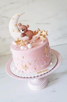 Baby Girl Birthday Cake, Candy Birthday Cakes, Creative Birthday Cakes, 1st Birthday Cake Topper, Pretty Birthday Cakes, Baby Girl Cakes, First Birthday Cakes, Creative Cakes, Masha Cake