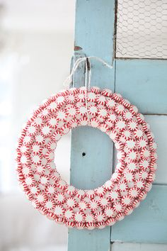peppermint wreath - love how this looks!