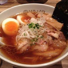 Soranoiro (Kojimachi) You can eat fantasitic noodle!