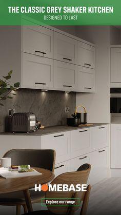 Grey Shaker Kitchen, Modern Grey Kitchen, Stylish Kitchen, Open Plan Kitchen Dining, Kitchen Dining Living, New Kitchen, Woodworking Furniture, Furniture Plans, Woodworking Plans