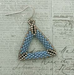 Linda's Crafty Inspirations: 3D Peyote Triangle Earrings Samples