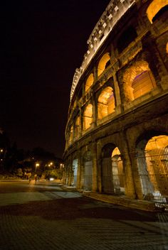 Colosseum - Rome - Italy (by mariocutroneo)
