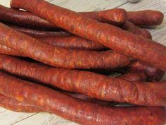 Homemade Sausage Recipes, Homemade Breakfast Sausage, Serbian Recipes, Hungarian Recipes, Snack Stick Recipe, Smoker Recipes, Cooking Recipes, Hungarian Cuisine, Hungarian Food