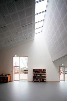 Galeria de Biblioteca e Centro Cultural / Primus Architects - 3