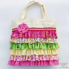 A project for everyone! You CAN make this 100% NO SEW Ruffled Tote Bag.