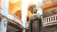Inaugurado un 8 de enero de 1827, fue el antecedente de la actual Universidad Autónoma Benito Juárez de Oaxaca (UABJO)