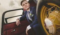 Traje de novio para una boda maravillosa.  Ver más en:  http://www.webcasamiento.com/trajes-de-novio-modernos/