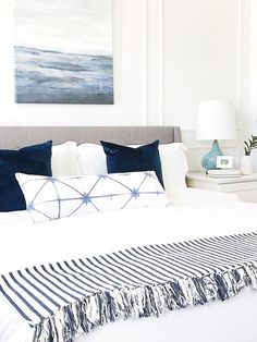Easy, breezy summer home decor starts here! Check out this airy interior design to get ideas and inspiration for refreshing your home. Source by kivaslade Decor habitacion Cozy Bedroom, Home Decor Bedroom, Modern Bedroom, Bedroom Ideas, White Bedroom, Summer Bedroom, Bedroom Designs, Beach House Bedroom, Pretty Bedroom