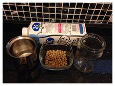 Çocuklar ve ebeveynler için pratikte de işe yarayacak yoğurt mayası yapımı bu deneyde.