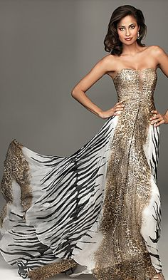 Shop long formal dresses and long evening gowns at Simply Dresses. Formal evening gowns, long prom dresses, and formal wear for special events. Leopard Print Wedding, Animal Print Wedding, Sexy Evening Dress, Evening Dresses, Mode Glamour, Strapless Dress Formal, Formal Dresses, Long Dresses, Wedding Dresses