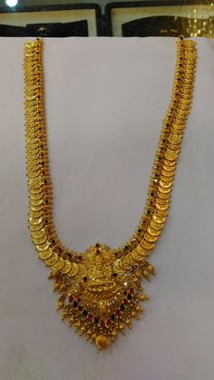 Gold Temple Jewellery, Gold Jewellery Design, Gold Jewelry, Jewelery, Gold Necklace, Gold Pendant, Pendant Jewelry, Gemstone Jewelry, Gold Earrings Designs