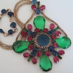 """Vintage Schreiner Art Glass Rhinestone 4.5"""" Pendant Brooch Pin Necklace"""