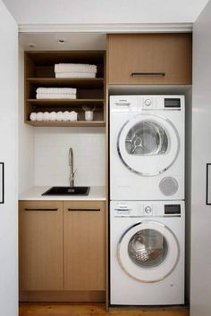 Inspiring Small Laundry Room Design Ideas 18
