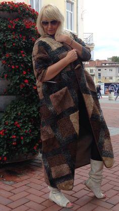 Купить Меховое пальто Барбарис - каракульча, барберри, свакара, жилет, длинный жилет, каракульча