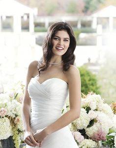 finden Sie Ihr Brautkleid von Sincerity   romantische Brautkleider & neuesten Hochzeitskleider   All Styles 3760