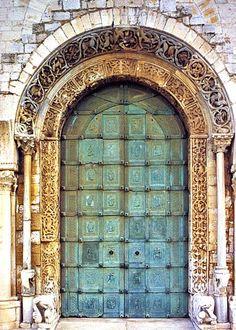 Trani - 1180s Bronze Doors made by Barisano da Trani