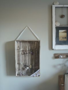shabby chic-cute necklace holder & display