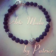 Collezione Patrice creation : modello One, bracciale semirigido elasticizzato personalizzabile con pietre in ematite e pietra lavica, con elemento centrale color argento e brillantini. .per info: patriceartemoda@gmail.com #artemoda#creation#by#patrice#creazioni#handmade#fattoamano#accessori#bijou#bijoux#fashiondesign#stylist#designer#instafashion#artigianato#bracelet#love#for#man#one