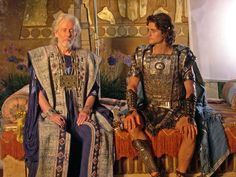 Troy Movie, City Of Troy, Eric Bana, Venus And Mars, Make Your Own Clothes, Creative Costumes, Gary Oldman, Vintage Fashion Photography, Movie Costumes
