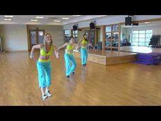 "Zumba routine choreographed to Shakira's ""Waka Waka"" - This looks SO FUN! Totally gonna teach myself this routine! :D"