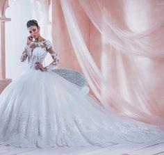 Vestiti Da Sposa Napoli.150 Fantastiche Immagini Su Mimmagio Abiti Da Sposa Napoli