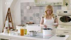Rodinnou kuchařku s babiččinými recepty považuje Dita za svůj největší poklad. Podle ní připraví na chalupě koprovou omáčku se ztraceným vejcem, králíka na hořčici, bramboračku a usmaží nadýchané koblihy. Diet