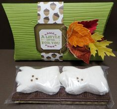 Stampin' Up altered Double Pillow Box Treat/Card Holder made by Lynn Gauthier using SU Square Pillow Box Thinlits Die, Vintage Leaves and A Little Something Stamp Sets and Into the Woods DSP. Go to http://lynnslocker.blogspot.com/2015/10/stampin-up-double-pillow-boxes-smores.html for details on how to make this project.