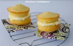 Mini Victoria Sponge Cakes with Lemon Curd & Cream