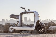 """kubo by litmotors.com is a unique, fun way to get around the city. This """"pickup truck on two wheels"""" can carry anything you need, from your daily necessities to a new iMac. And it's 100% electric!"""