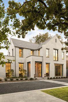 Classic House Exterior, Modern Farmhouse Exterior, Dream House Exterior, Modern Architecture House, Modern House Design, Architecture Design, Home Design, Traditional Home Exteriors, Traditional House