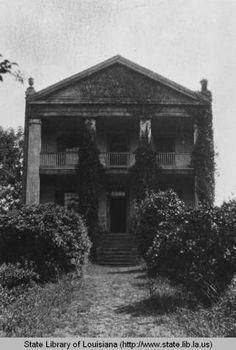 Hickory Hill plantation home near Wilson Louisiana circa 1930s :: State Library of Louisiana Historic Photograph Collection