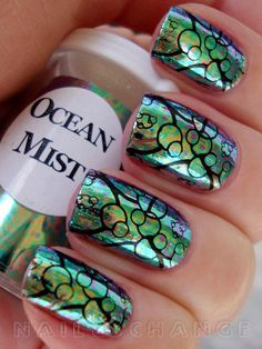I like that this is different, the design resembles fish scales, I guess in keeping with the ocean theme.