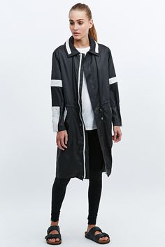 AZY X UO Jacket in Black - Urban Outfitters