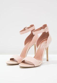 Heels Scarpe E Heeled Sandals Su Boots Immagini Fantastiche 17 IFwqxz1x