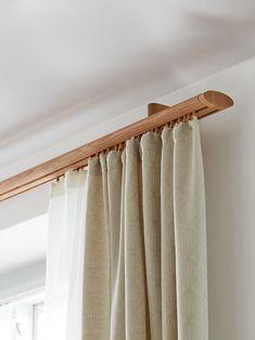 die besten 25 duschvorhang halterung ideen auf pinterest schwarzer duschvorhang duschvorhang. Black Bedroom Furniture Sets. Home Design Ideas
