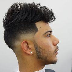 Haircut by criztofferson http://ift.tt/204C10m #menshair #menshairstyles #menshaircuts #hairstylesformen #coolhaircuts #coolhairstyles #haircuts #hairstyles #barbers