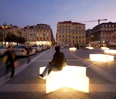 DEZEEN_LISBON-CHRISTMAS-DEZEEN_LIGHTS-BY-PEDRO-SOTTOMAYOR-JOSÉ-ADRIÃO-AND-ADOC-2