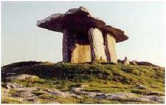 Poulnabrone Dolmen, Co Clare - Portal Tomb circa 3000BC